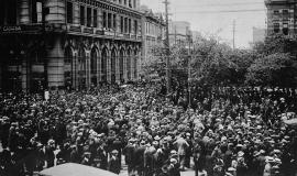 Winnipeg General Strike By The Montreal Star Publishing Company [1] / Photographer unknown [Public domain or Public domain], via Wikimedia Commons